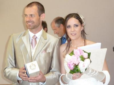 Maquillage professionnel mariée naturel couleur lilas